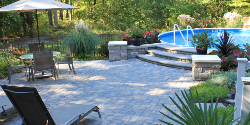 Garden and pool Landscaping Design 1000x500 Gallery